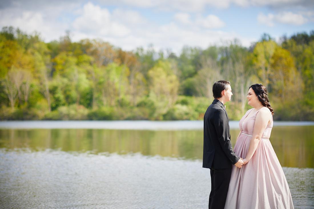 Kierstin & Gage: Prom Portrait Session at Hudson Springs Park