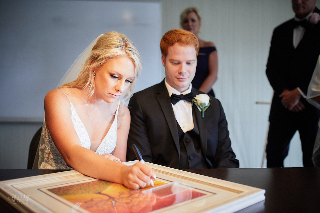 Erica & Grant: Wedding at Aloft Cleveland Downtown with Lago Custom Events