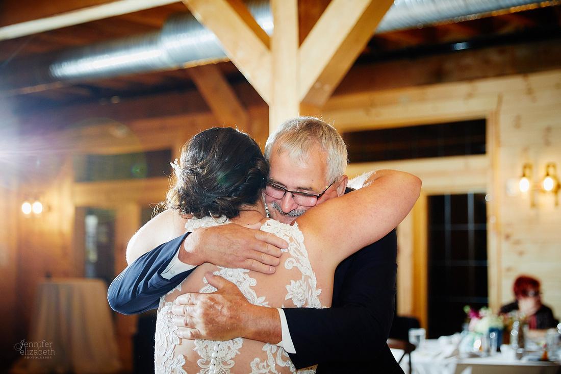 Jenna & Thomas: Wedding at Tall Oaks Event Complex in Kirtland