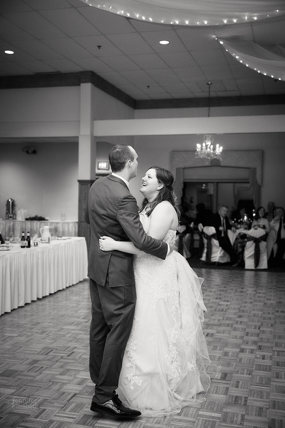 Mary Therese & Nate: Wedding at the West Side Irish-American Club