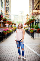Analyse: Senior Portrait Session at The Arcade and East Fourth Street
