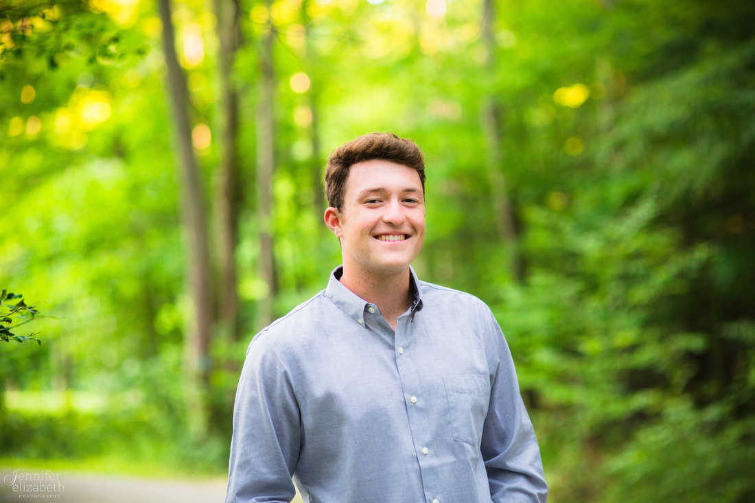 Senior Portrait Session at Squaw Rock in Chagrin Falls, Ohio
