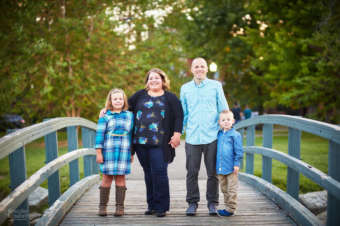The D Family: Portrait Session at Schiller Park