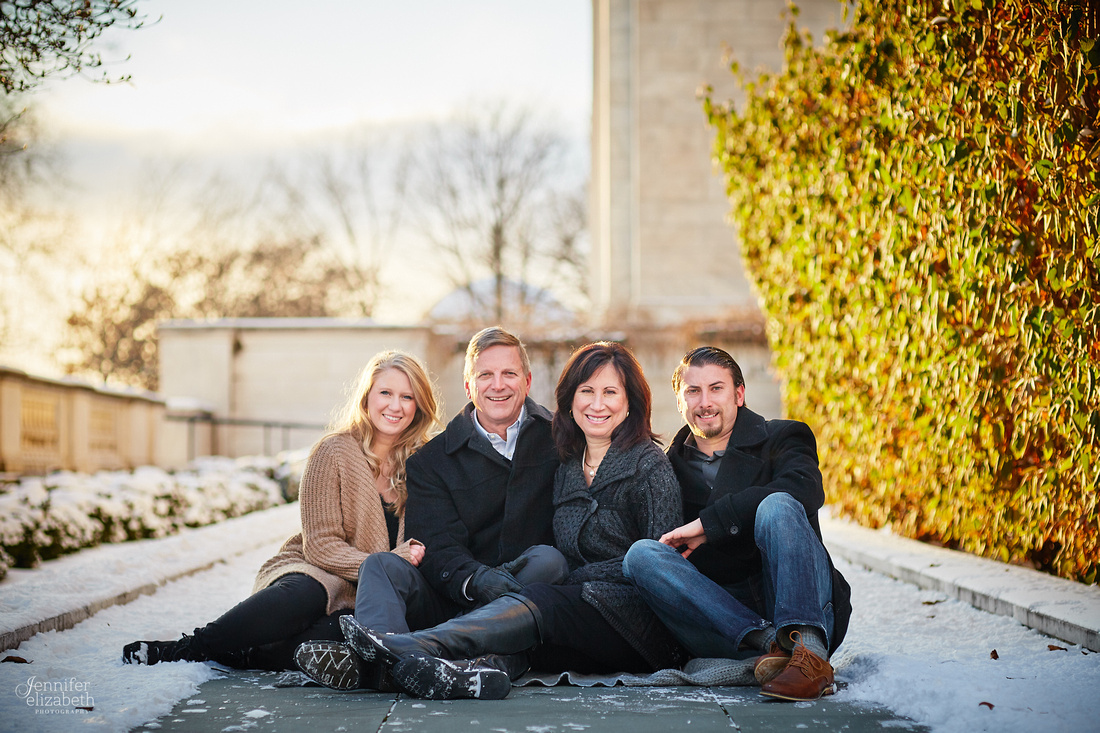 The R Family: Portrait Session at the Cleveland Museum of Art