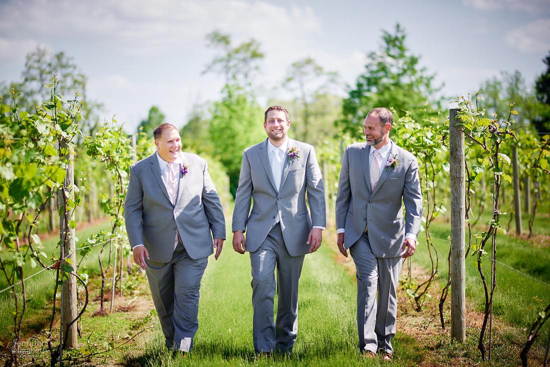 Laura & Matt: Wedding at The Vineyards at Pine Lake