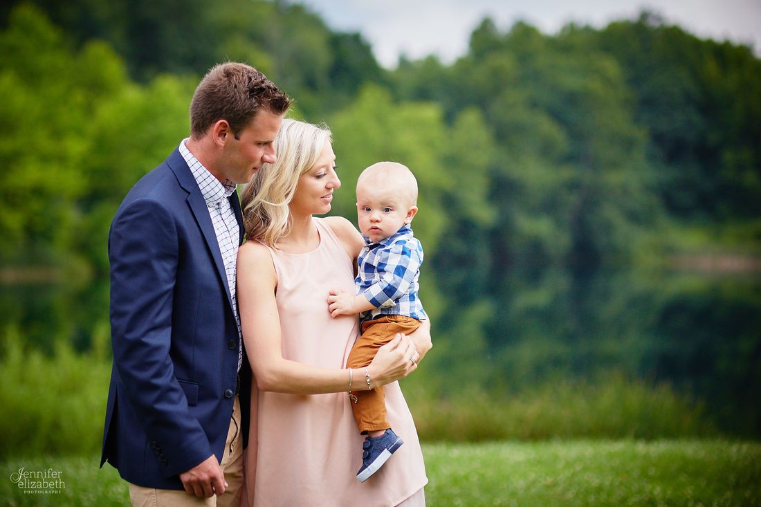 The S Family: Portrait Session at Indigo Lake Station in Peninsula, Ohio