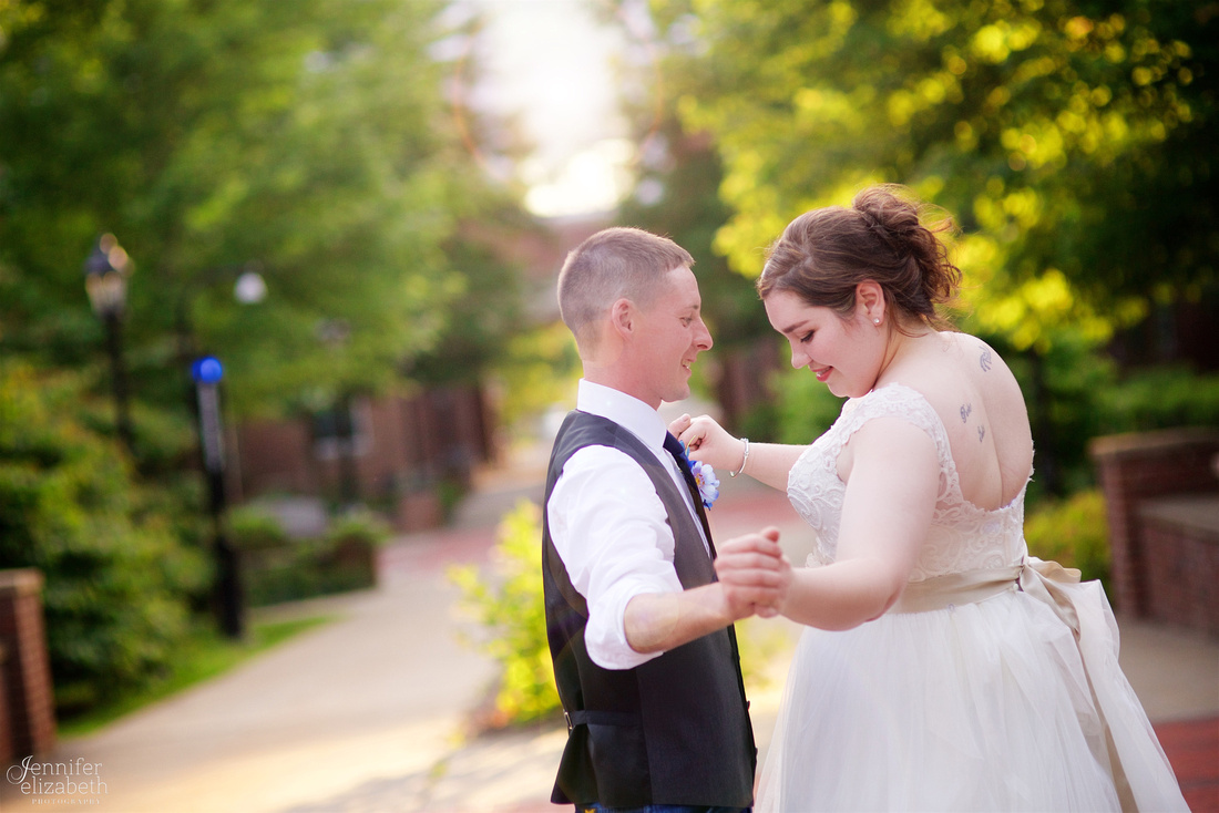 Christy & Casey: Wedding in Ravenna and Mantua, Ohio