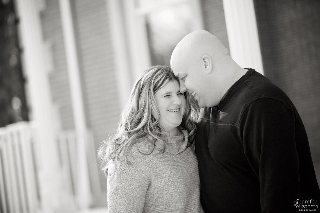 Jill & Tom: Engagement Session in Cleveland, Ohio
