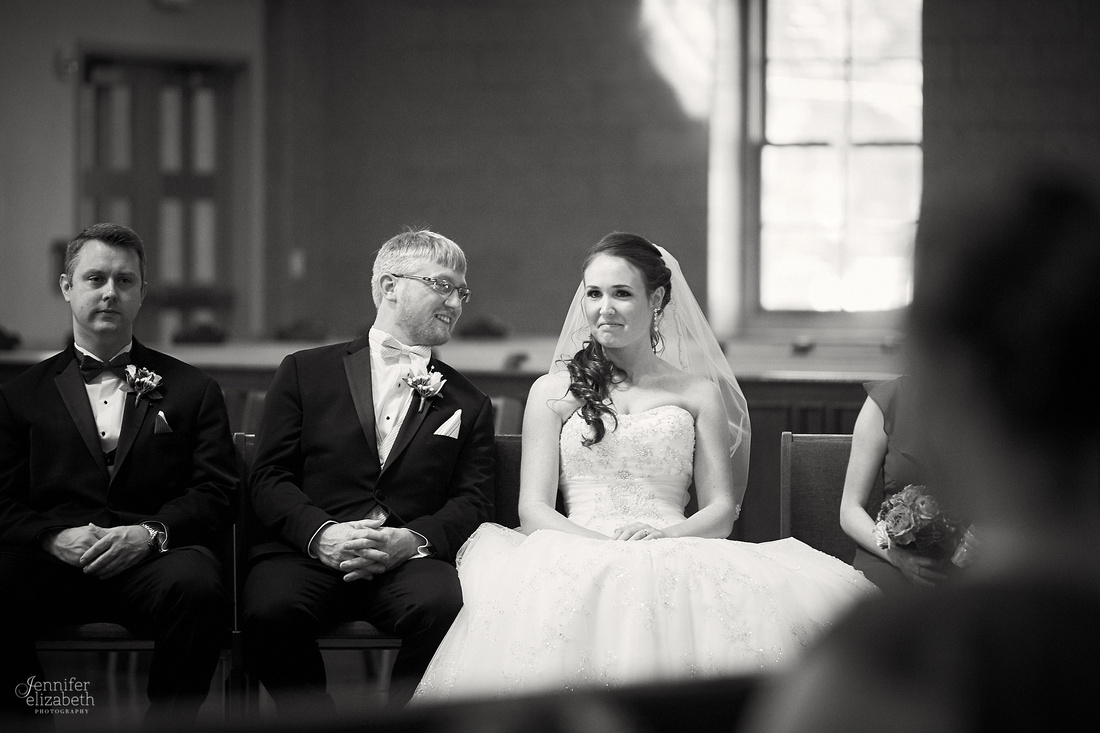 Allie & Brian: Bertram Inn Wedding in Aurora, Ohio